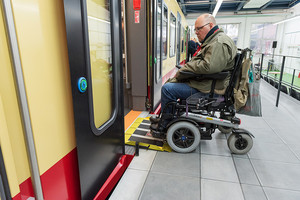 Testing of the new wheelchair ramp of the new S-Bahn trains