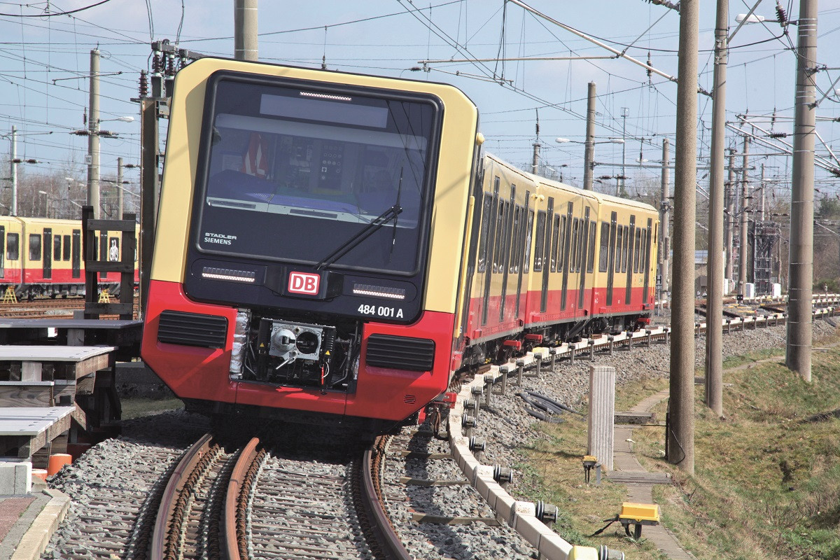 New trains for Berlin   S-Bahn Berlin GmbH